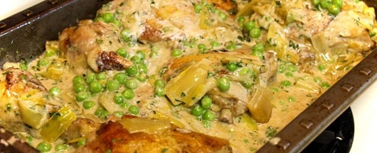 White-Balsamic-Braised-Chicken-with-Leeks-and-Peas