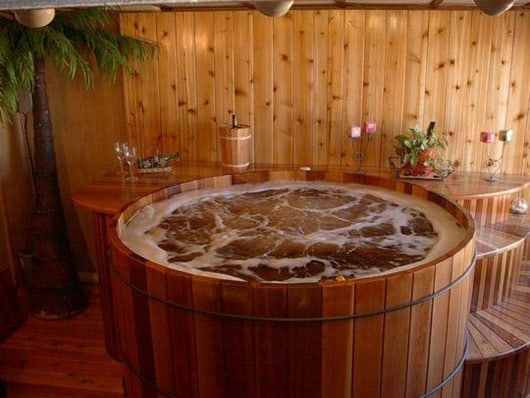 wine-barrel-hot-tub