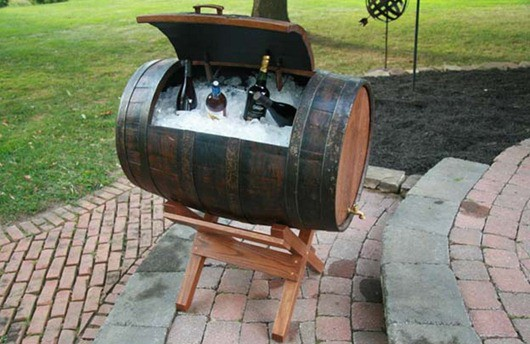 wine-barrel-ice-bin