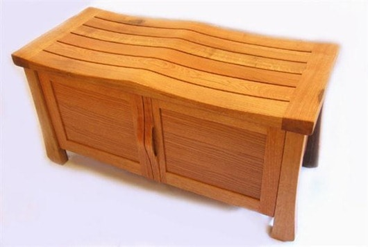 wine-barrel-shoe-bench