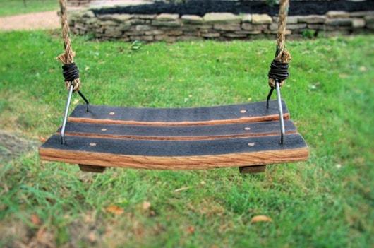 wine-barrel-swing