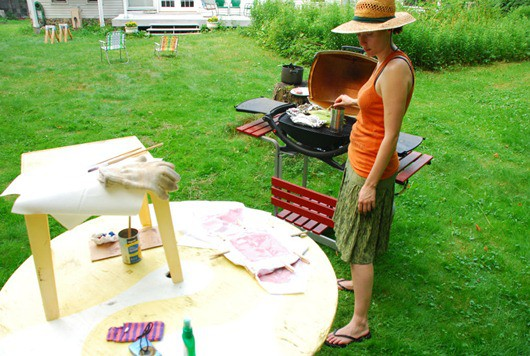Painting-with-Wine An Interview-with Wine-Stain-Artist Amelia-Harnas. (6)